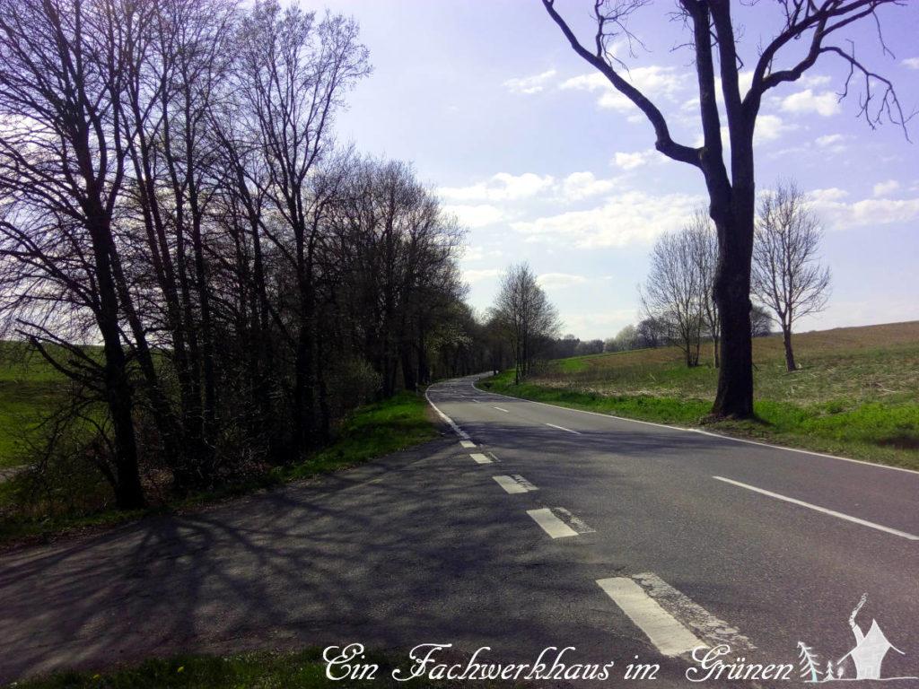 Die L 272 zwischen Germscheid und Asbach, eine der besten Strassen, die wir hier haben. Ist ja auch eine Landstraße.